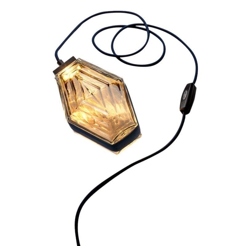 InvisibleCollection_Mayaro_The Diamond Lamp3