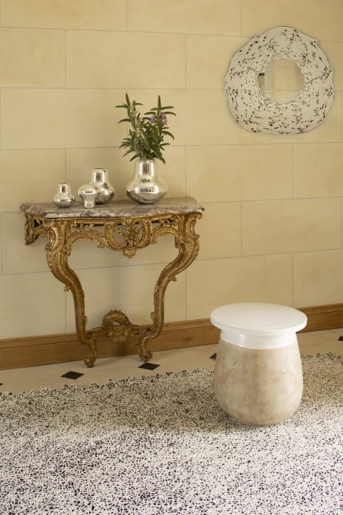 The_Invisible_Collection_Creations_Dragonfly_Gallye_Candle_Holder_and_A_La_Source_Mirror_Table_Temps_Present_insitu