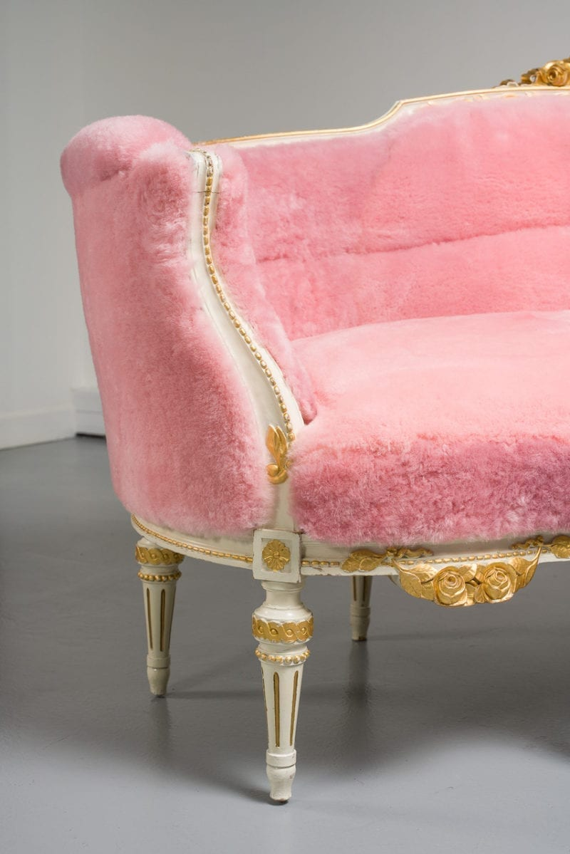 The Invisible Collection Gustavian Sofa Norki