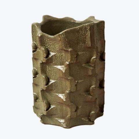 Vase Bolt