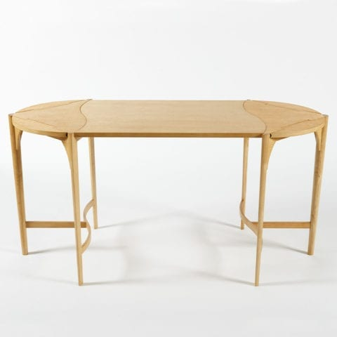 Okeanis Table