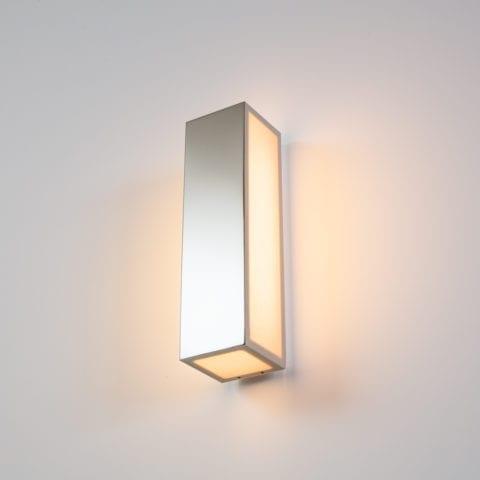 Line V Wall Lamp