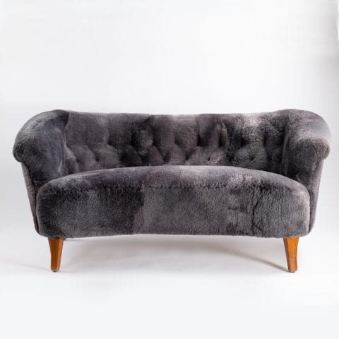 TheInvisibleCollection Norki Scandinavian Little Sofa