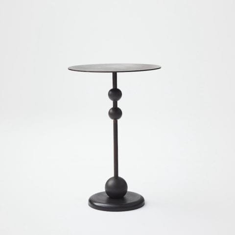 The Invisible Collection - Louise Liljencrantz - Eight Side Table